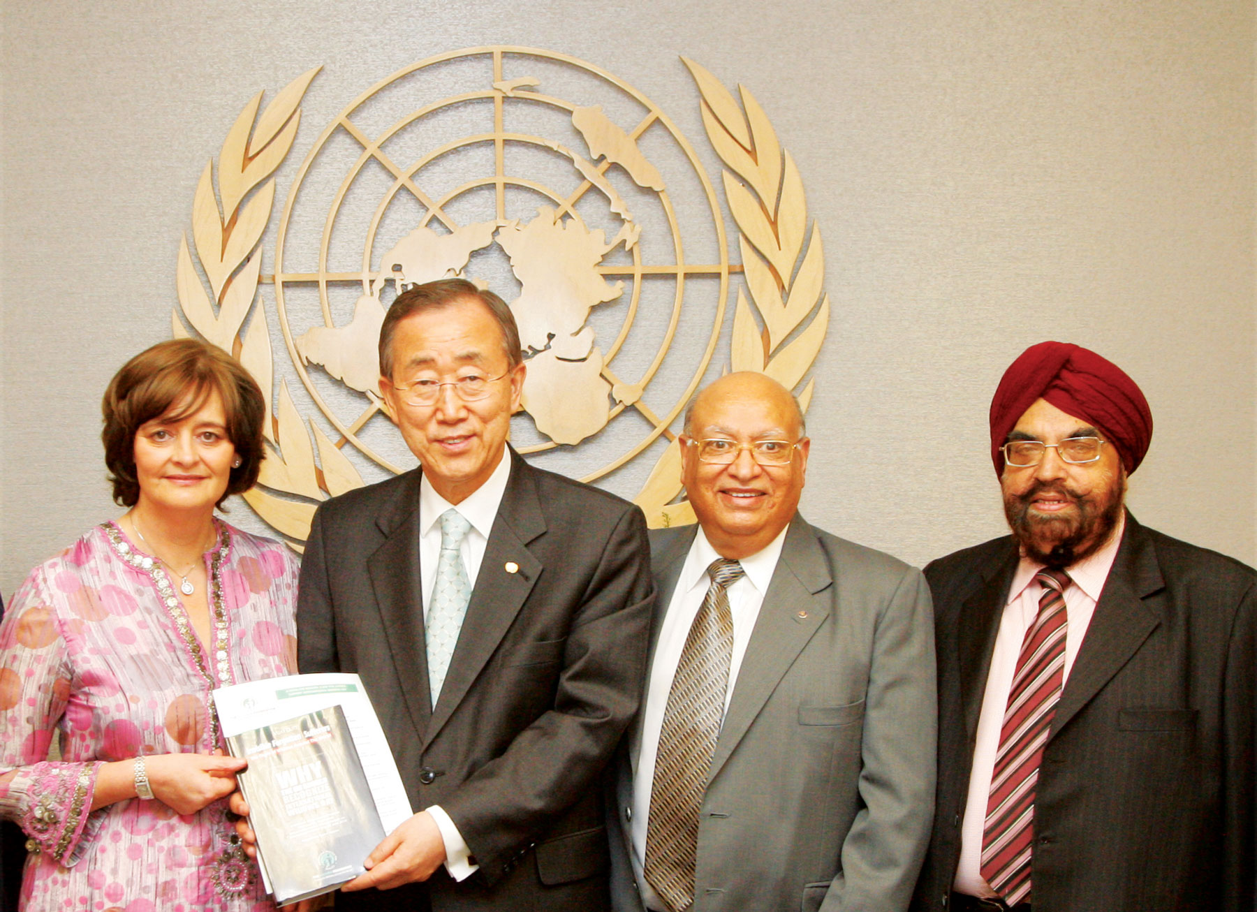 UNSG Ban Ki-Moon receives IWD presentation