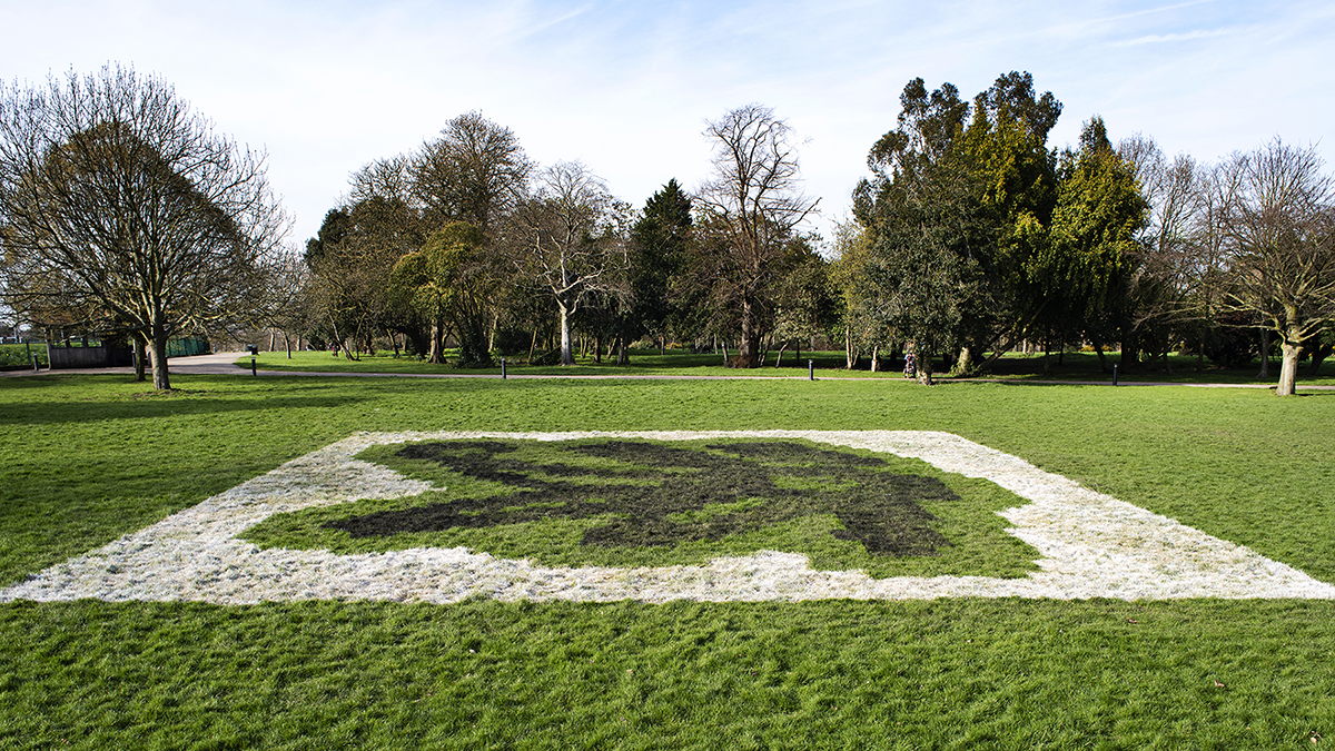 Eduardo Kac - Lagoogleglyph, Finsbury Park